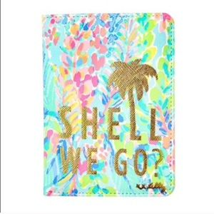 NWT Lilly Pulitzer passport cover